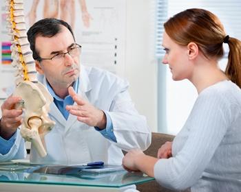 Что лечит врач вертебролог